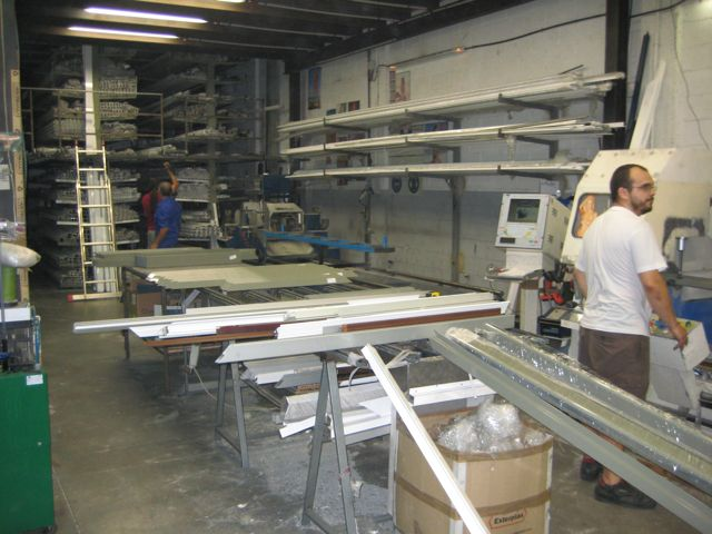 F brica aluminio barcelona precios carpinter a de for Fabrica de puertas de aluminio